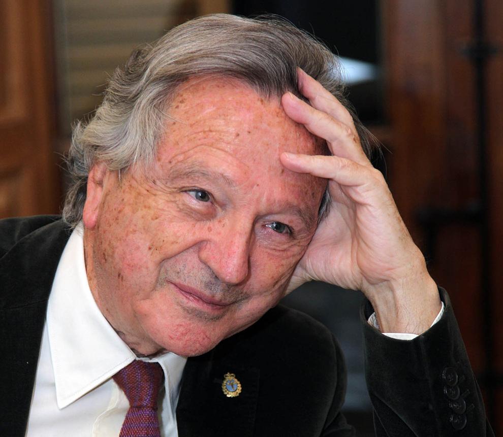 Carlos Moneo